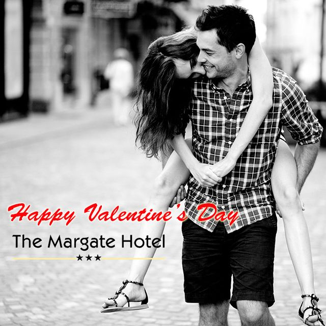 Nothing says #romance like watching a #sunrise and #sunset together. Book a stay #Saturday 13 Feb 2016 at @MargateHotelKZN to celebrate #ValentinesDay