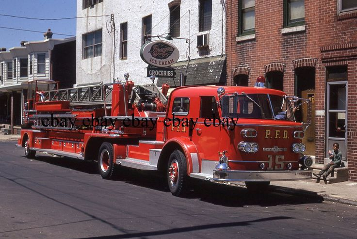 Fire Apparatus Slide - Philadelphia PA - 1967 American LaFrance Ladder 15