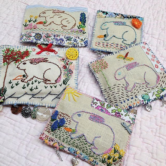My bunny brooch kit brooches made by June Tyler ... She has made them for her four lovely daughters all who are with her today here @hopeandelvis on today's workshop ...also Happy Birthday to you June as today's workshop was a birthday treat from your daughters #jessiechorleyworkshops