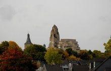 Muchos de los proyectos y propuestas de Böhm, ilustran su preocupación por los espacios urbanos. Llevó a cabo la planificación de proyectos para el área alrededor de la Catedral y la zona de Heumarkt de Colonia, la Plaza Praga en Berlín y los alrededores del castillo de Saarbrücken, así como el Barrio Lingotto en Turín.