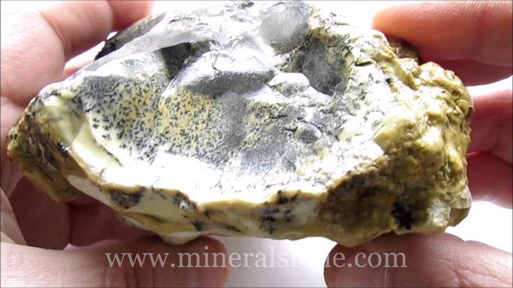 Dendritic Rough Opal 695 Gr