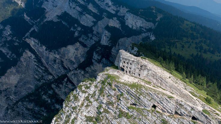 il forte del Pizzo di Levico Terme, foto in volo