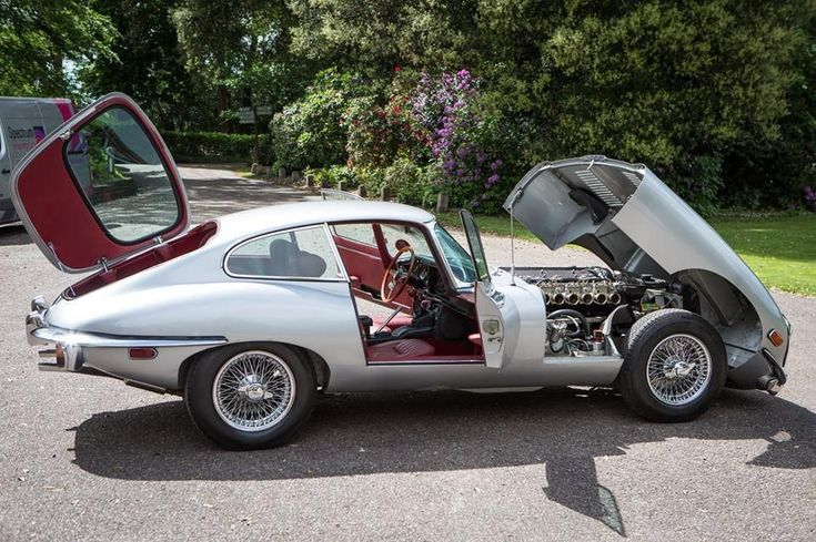 Jaguar E-Type | You Drive | Faro Car Hire - Faro airport - Algarve - Portugal - www.you-drive.cc #jaguarclassiccars