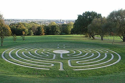 The Canterbury Labyrinth aligned with Canterbury Cathedral