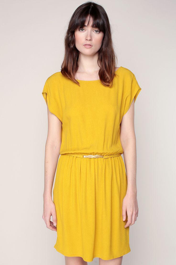 Robe jaune à dos décolleté et ceinture bijou Ketema zoom