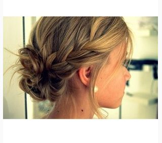 With my suddenly much-shorter hair, I bet I could pull this look off! Definitely worth a shot anyways.