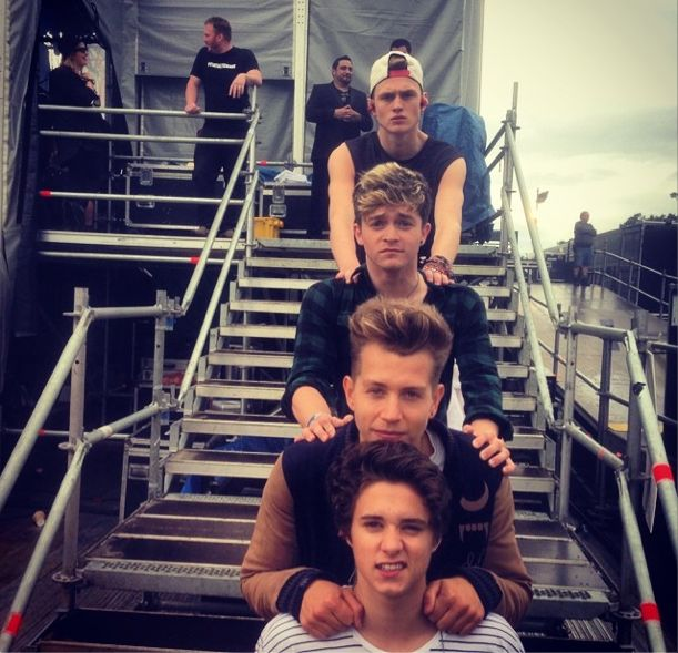 Pre-show The Vamps