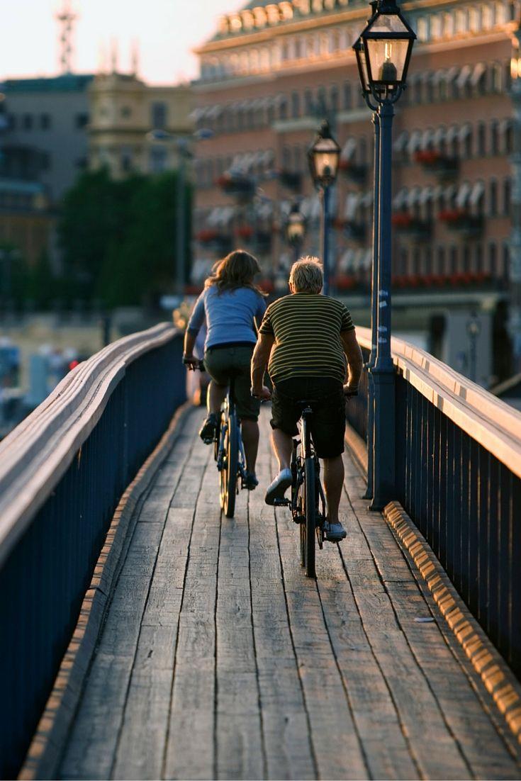 Houd je van fietsen? Maak dan een stedentrip Stockholm, een geweldige stad om op de fiets te ontdekken. Bekijk alle tips over Stockholm.