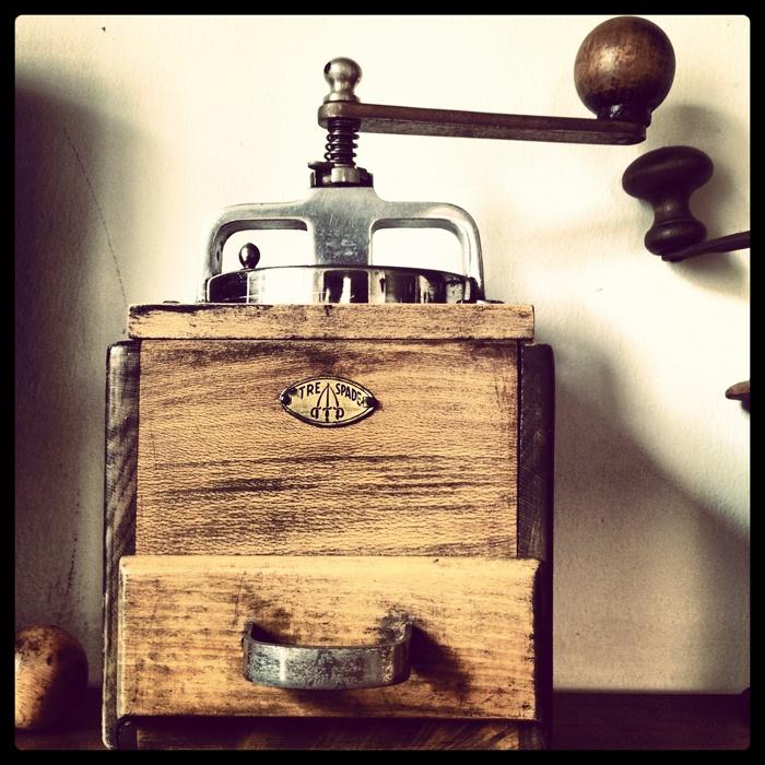 Sullo scaffale #macinacaffe #coffee grinder #trespade #caffe