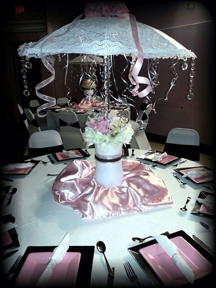 Umbrella centerpiece baby shower decorations pinterest for Decor umbrellas