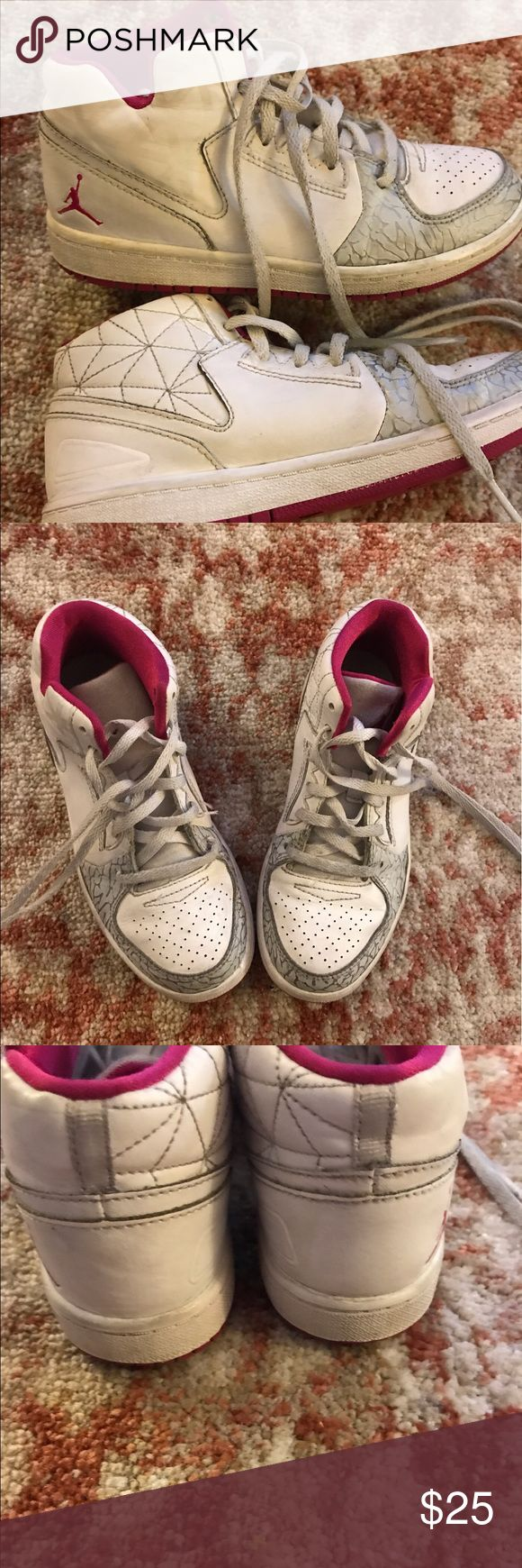 Girls Jordan sneaker Pre love ❤️ sneakers. In good condition. Jordan Shoes Sneakers