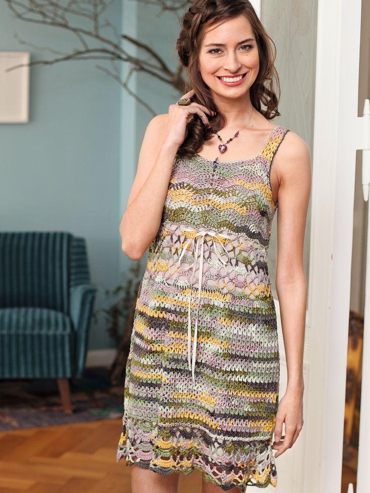 Ажурное мини-платье с высокой талией