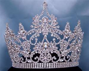 crowns and tiara