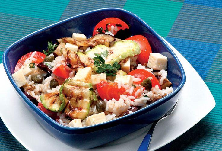 Salată de legume cu orez