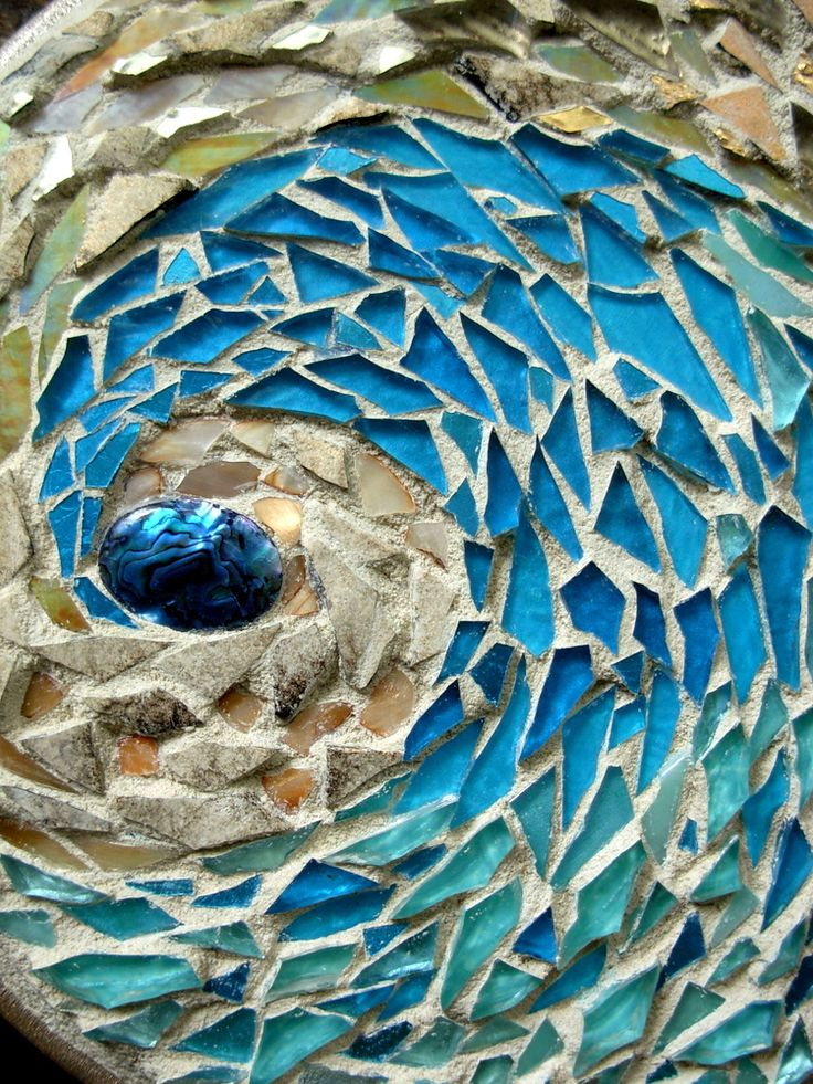 Sand and Sea Mosaic Mandala | A challenge to use beach color… | Flickr