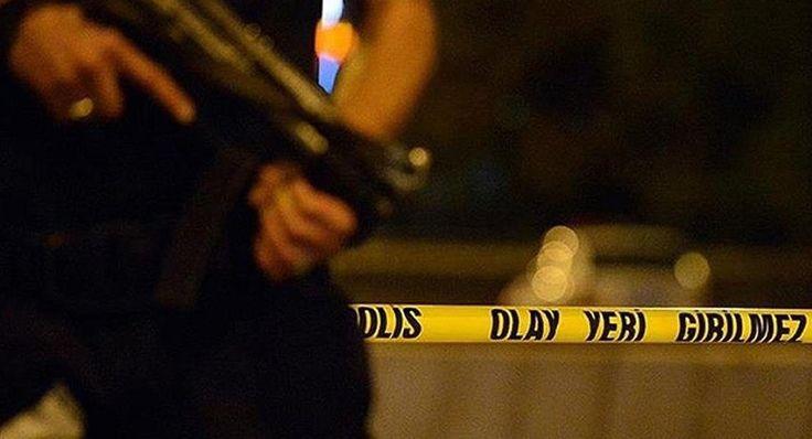 Yeni Akit gazetesinin Genel Yayın Yönetmenliği'ni yürüten Kadir Demirel, damadı tarafından bıçaklanarak öldürüldü.