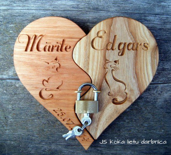 Foldable Heart with Personalized Engraving / Wedding Decor / Large Personalized
