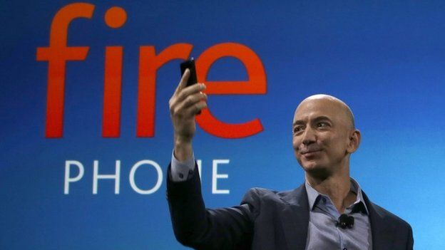 Amazon Fire Phone offers 3D views and gesture controls