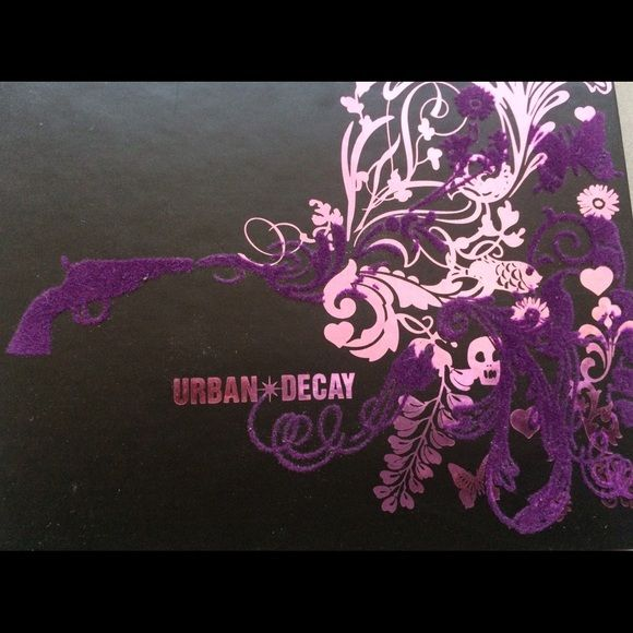 Urban Decay Ammo palette BNIB Ammo palette from Urban Decay Urban Decay Makeup Eyeshadow