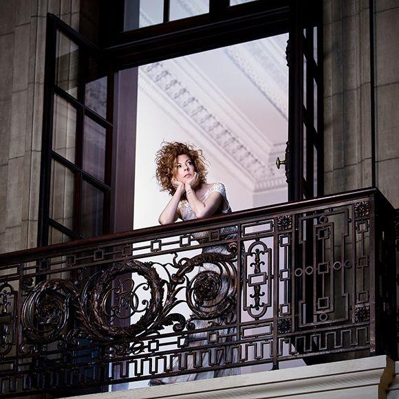 Les contes de Perreault - Sophie Lorain fait un dernier adieu   HollywoodPQ.com