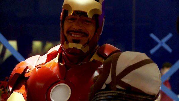 ... Iron Man 2 Behind the scenes   Robert Downey Jr. Fan Site   Pinte Robert Downey