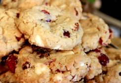 Oh, now THESE are to die for! Cran-raisin White Chocolate Chip Cookies. Recipe online at Recipes.OhiosAmishCountry.com!