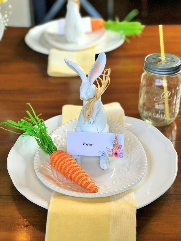 Create a Cute and Easy Easter Tablescape