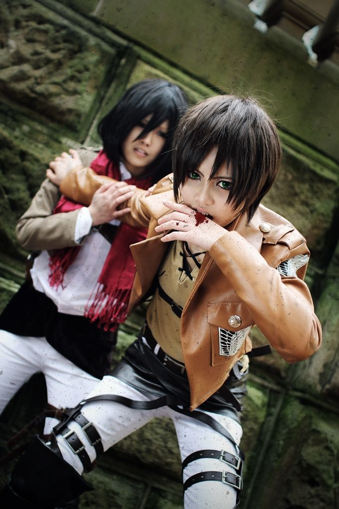 Mikasa Ackerman and Eren Jaeger (HAPPYHAHA)   Cosplay ...