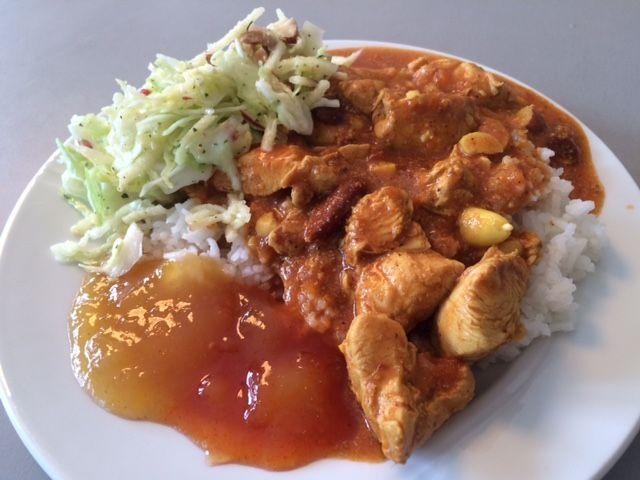 Jeg kan ikke huske om jeg har sagt det før men det kan ikke siges for tit, jeg elsker Indisk mad, de er simpelthen fantastiske til at bruge krydderier i deres mad dog uden det nødvendigvis bliver så stærkt at man ikke kan spise det.I dag faldt valget på denne omgang kylling tikka masala en…