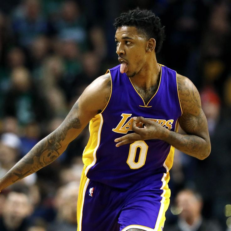 After spending four seasons with the Los Angeles Lakers , Nick Young has reportedly agreed to a free-agent deal with the Golden State Warriors . According to ESPN's Adrian Wojnarowski , Young and the Dubs agreed to a one-year, $5...