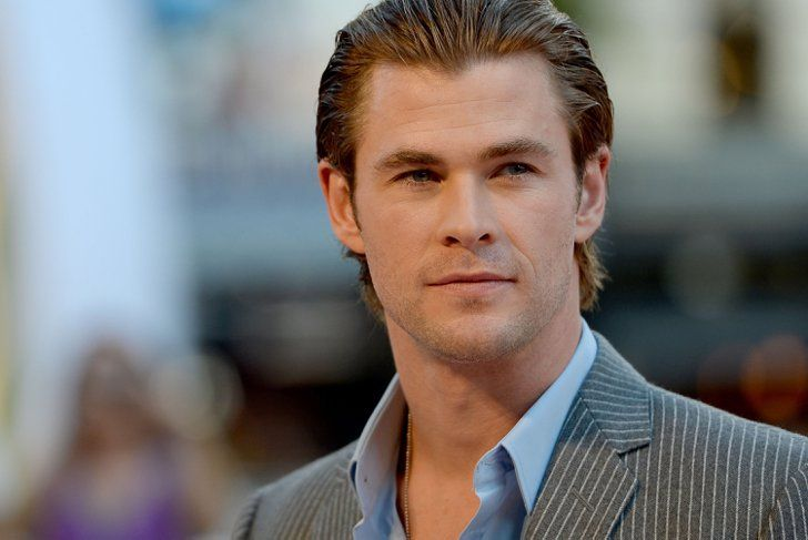 Pin for Later: Chris Hemsworth's Hands-Down Hottest Red Carpet Moments
