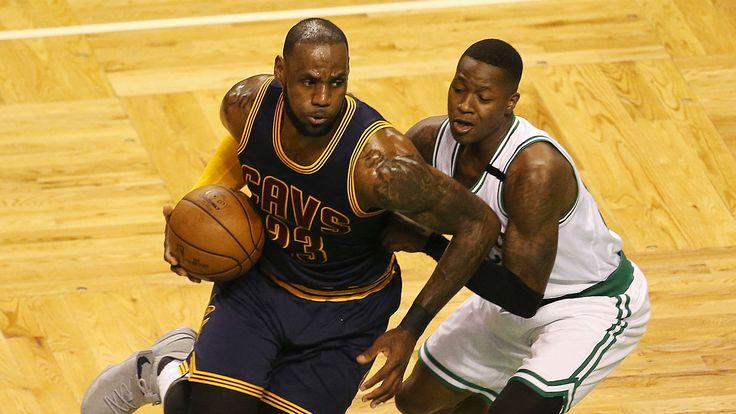 LeBron James passes Michael Jordan as all-time NBA playoff scoring leader - Sporting News
