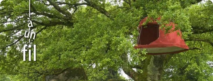 A un fil Mobilier suspendu Plum'arbres ® Hanging