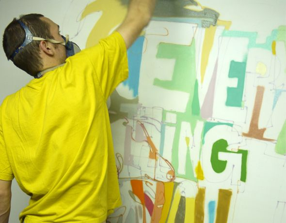 Nos amis de la galerie SEIZE nous proposent une rentrée réussie avec l'exposition de l'artiste marseillais Jaw, aux influences de rue qui ont contribué à la fondation de la galerie (vernissage Mercredi 3 octobre 2012 à 19 heures en présence de l'artiste).