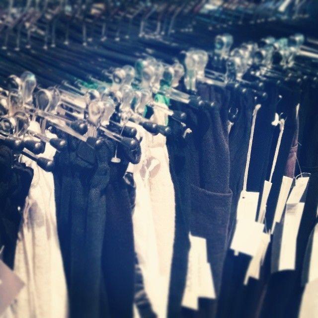 Falls auch Sie alle Ihre Hosen verloren haben: Moderna hat morgen verkaufsoffenen Sonntag! #justsaying #RTL #Dschungel #IBES16 #Mode #Fashion #Shopping #Braunschweig