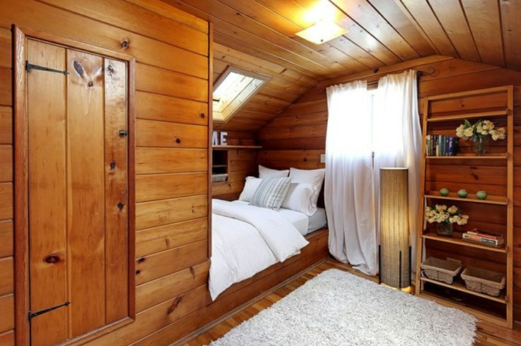 Are Cabin Beds The Solution For Small Bedrooms: Knotty Pine Cabin Room Built-in Bed Attic Bedroom