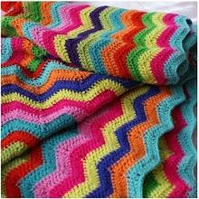 Kreative sysler, strikke, hækle, sy, male, tegne, have og blomster. Med inspiration fra bl.a. Klarbæk