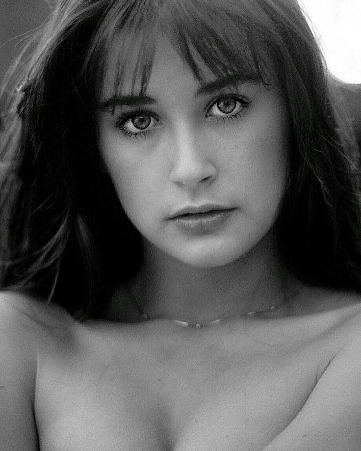 273 best Demi Moore images on Pinterest | Beautiful people ...
