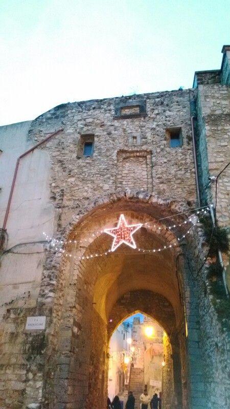 La stella che ti dà il benvenuto quando entri al centro storico di #Vieste