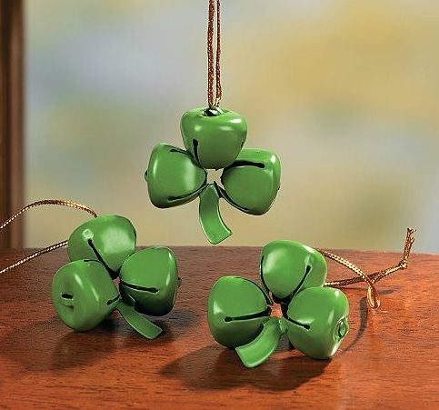 If you added a 4th bell, this would make a great 4-H craft. Maybe use pipe cleaners for the stem.