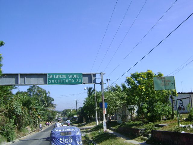 On the way from San Salvador to Cinquera, passing by Suchitoto