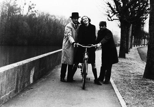 Anna Karina riding a bike in Godard's Bande à Part