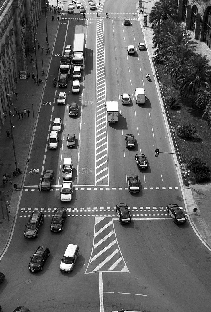 freeios7.com_apple_wallpaper_barcelona-traffic_iphone5_parallax.jpg 1040 × 1536 pixlar