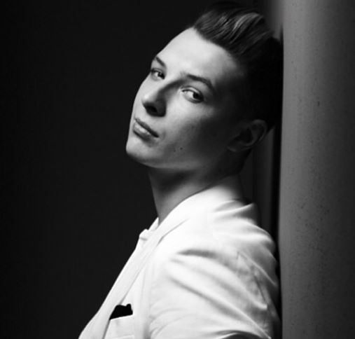 Pin by Katie Meldrum on Famousness | John newman, Singer