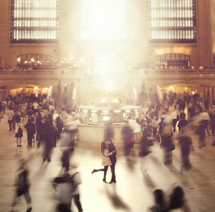 Big Cities, The Kisses, Photos Ideas, New York Cities, Central Stations, A Kisses, Grand Central, Engagement Pics, Couples Shots