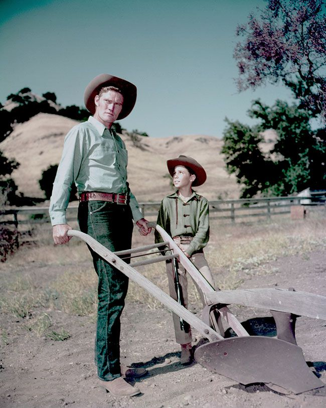 Chuck Connors, Johnny Crawford - The Rifleman