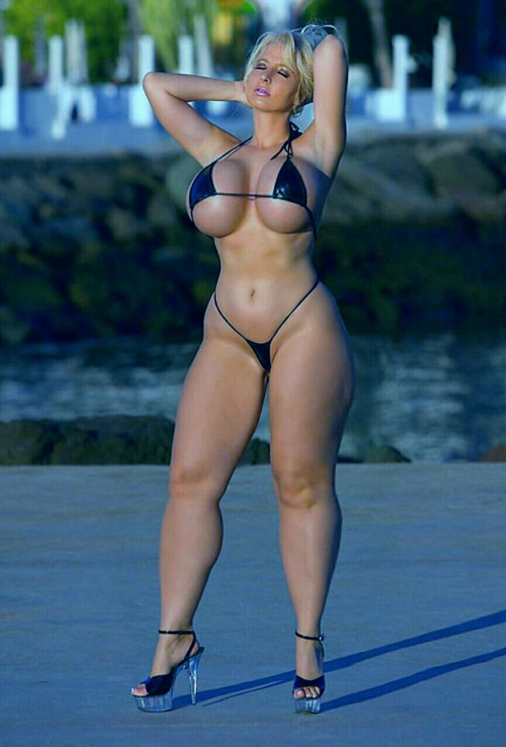 thick girls in swimsuits nude