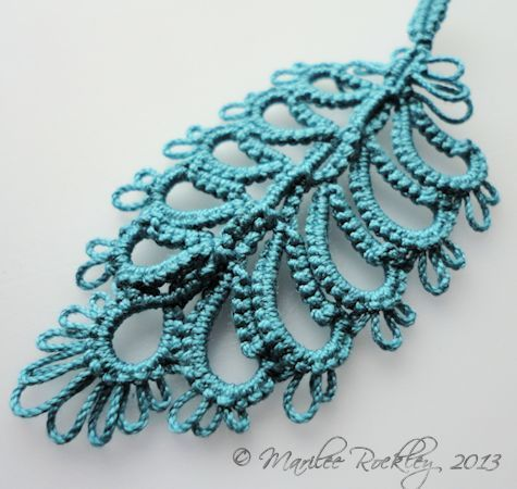 "Yarnplayer's Tatting Blog: Still designing a tatted feather and a ""tribal"" necklace in progress"