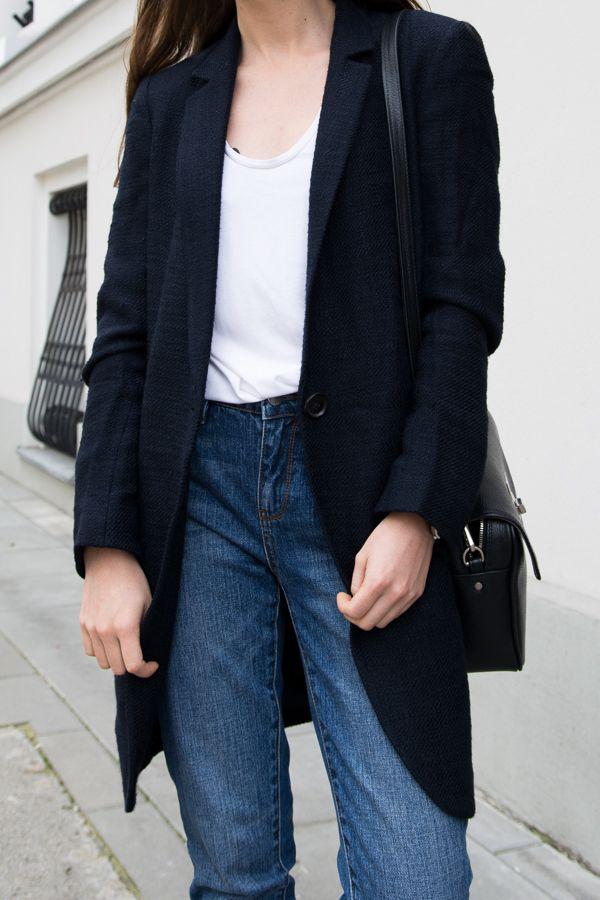 White t-shirt & jeans #white #t-shirt #jeans #fall #copenhagen