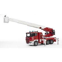 Camion pompier Scania + échelle  - marque : Bruder Camion pompier Scania R-Série avec échelle et pompe à eau fonctionnelles. Module son et lumière.Dimensions : 59 x 20 x 26.5 cm.La vaste gamme que recouvre la série professionn... prix : 87.99 €  chez Toys R us #Bruder #ToysRus